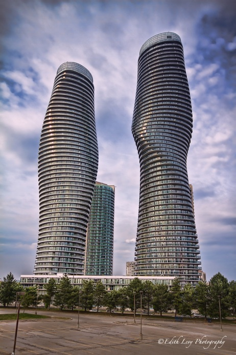 Toronto, Mississauga, Marilyn monroe towers, building, architecture