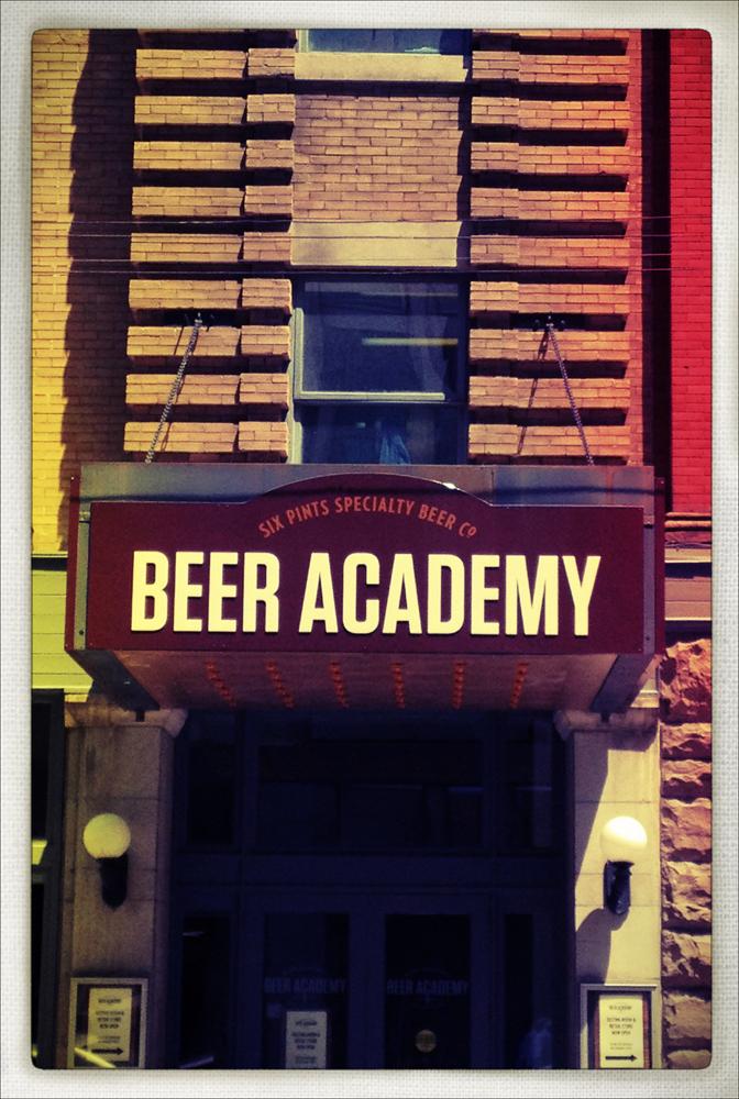 iphone, iphoneography, toronto, beer academy, snapseed, phototoaster