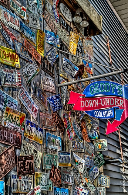 Geddy's, Downunder, Bar Harbor, Main Street, cool stuff, license plates,