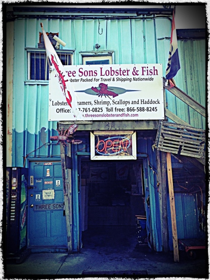 Portland, Maine, Three Sons Lobster & Fish, restaurent, wharf, waterfront, lobster,