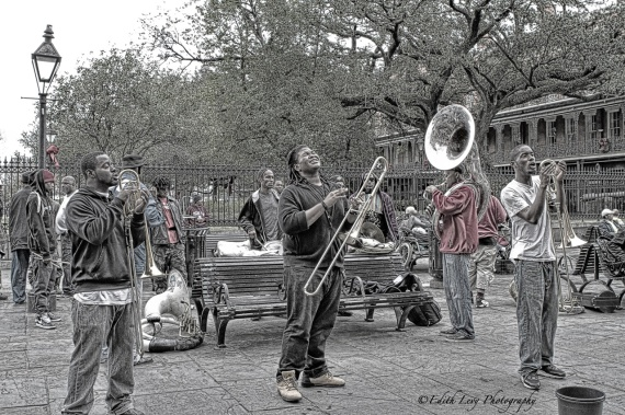 Jackson Square, New Orleans, French Quarter, street performer, band, jazz, street photography