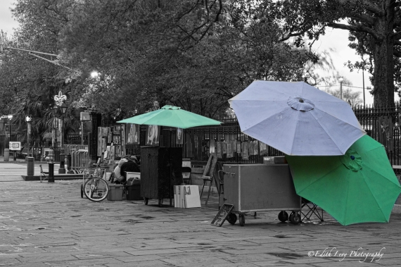 New Orleans, NOLA, Jackson Square, street vendor, sunrise, dawn, umbrella, travel photography