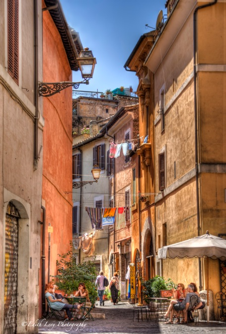 Rome, Trastevere, street photography, travel photography, Italy, buildings