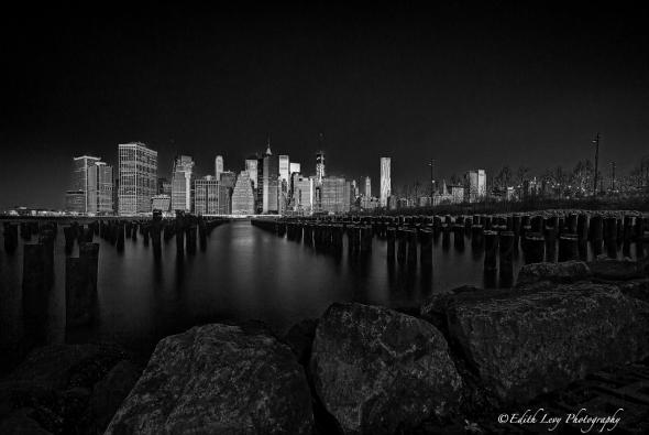 Brooklyn Heights, Manhattan, city view, cityscape, Hudson River, long exposure, golden hour, sunrise, travel photography, Black & White, monochrome
