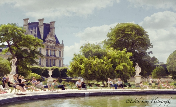 Jardin des Tuileries, Paris, garden, fountain, water, summertime,