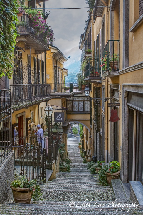 Bellagio, Italy, walkway, street, stairs, village, travel photography