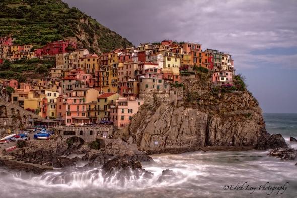 Manarola, Cinque Terre, Italy, sea, village, coloured houses, long exposure, travel photography