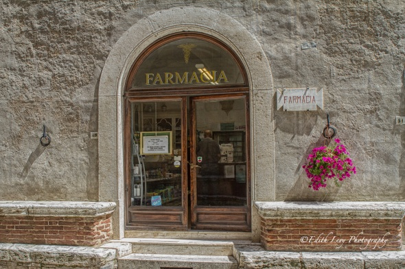 Pienza, Italy, Tuscany, pharmacy, building, stone, farmacia, travel photography