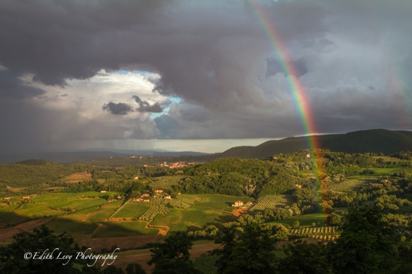 Montepulciano, Italy, Tuscany, hills, rainbow, travel photography