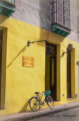 Cuba, Havana, bicycle, building, yellow, street photography, travel photography