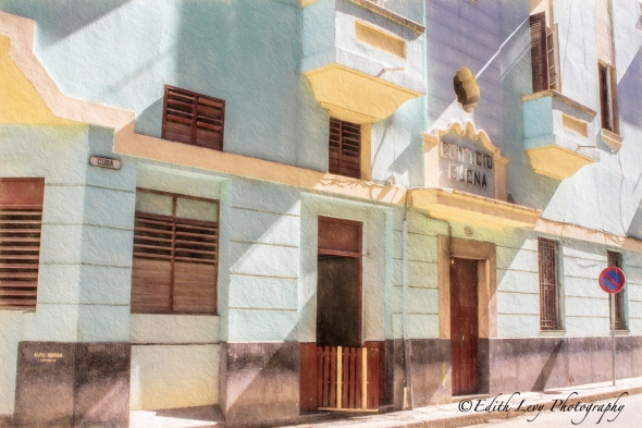 Cuba, Havana, building, pastel, street photography, travel photography