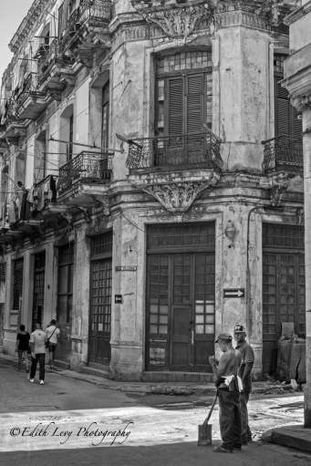 Cuba, Havana, Old Havana, street photography, travel photography, black and white