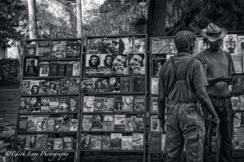 Havana, Cuba, news stand, magazines, Che Guevara, monochrome, black and white, travel, street photography