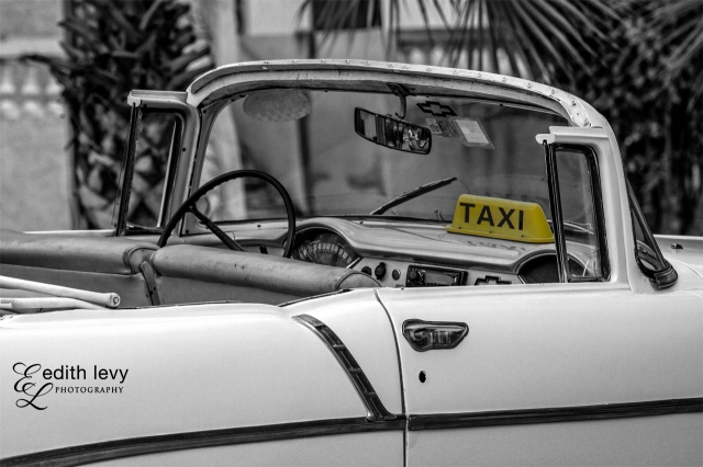 Varadero, Cuba, Taxi, Black & White, travel photography, car,