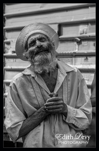 Jerusalem, Israel, street photography, black and white, monochrome, man, beard