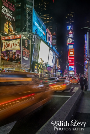 New York City, Manhattan, Broadway, Times Square, long exposure, night photography, city lights