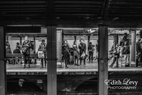 New York, NYC, subway, station, tableau, wave, people, black and white, street photography