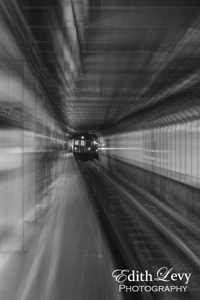 New York, Manhattan, subway, subway series, zoom, black and white