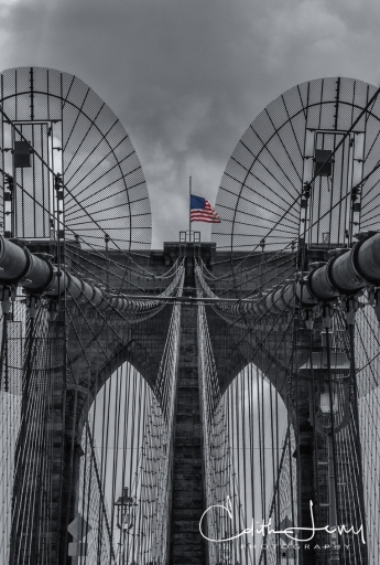 NewYork, Brooklyn Bridge, Black and White, monochrome, selective colour, travel photography